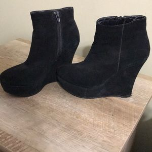 Black booties size 6